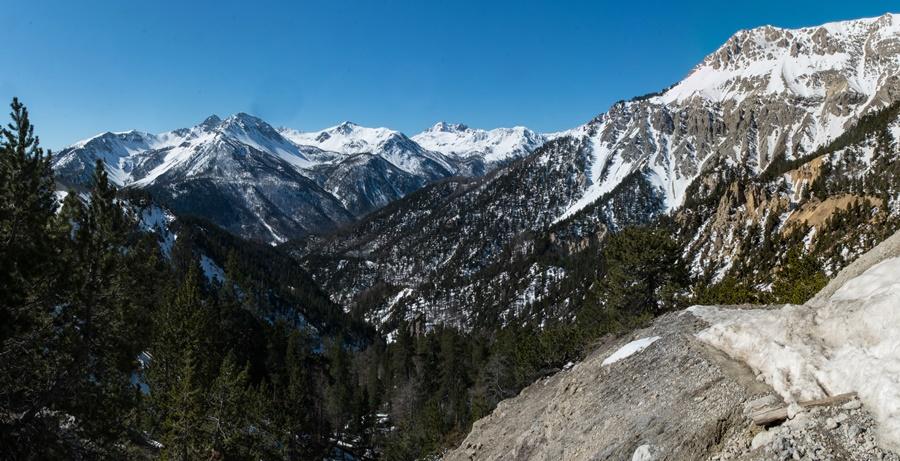 Mars 2019. Dimanche,vue sur le massif des Cerces.